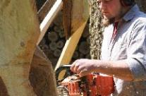 Skulptur aus Holz schaffen