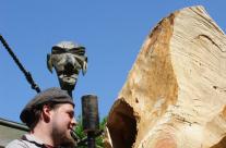 Stemmen einer Skulptur