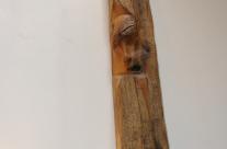 Skulptur unterschiedlicher Gesichter Holz Eiche aus Hamburg